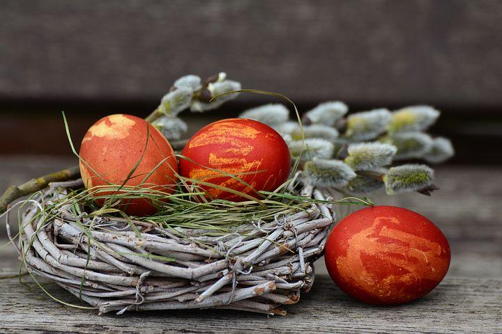 easter-eggs-2145671__480